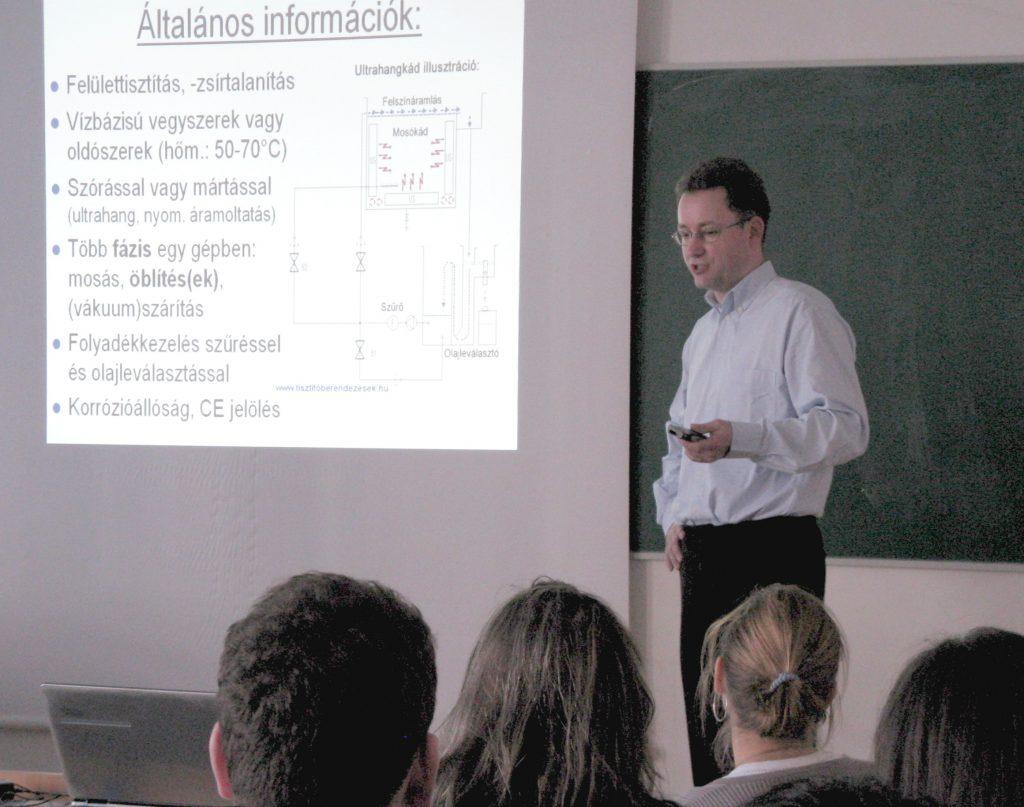 Schlosser András előadás akik a jövőben szembesülnek a tisztasági problémákkal
